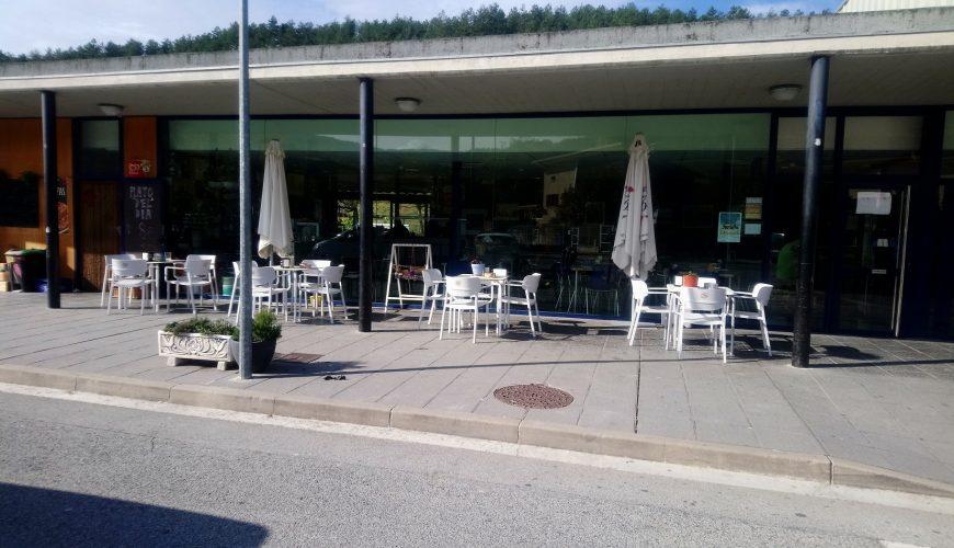 Taberna Esteribar terraza